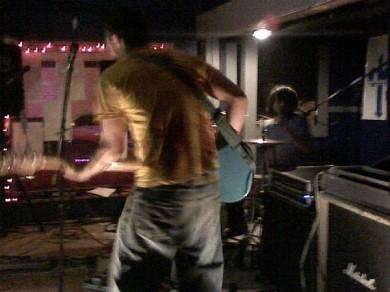 200897